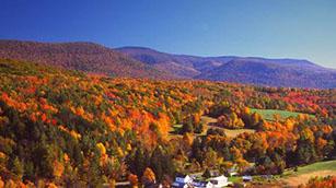 Fall Foliage Scenic Drive in Rhode Island