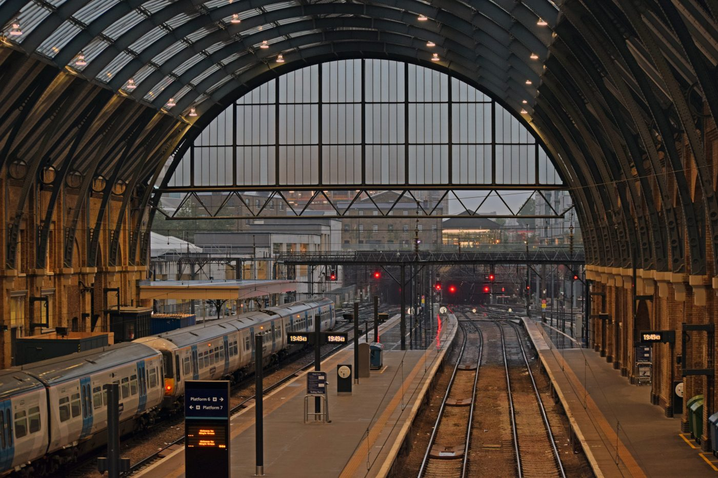 A Guide to Traveling London through King's Cross Station