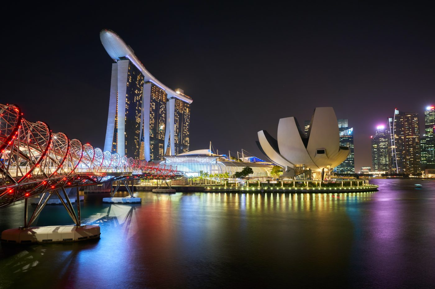 Five Great Reasons To Visit Singapore