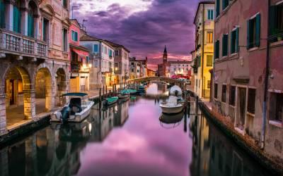 Italian travel guide
