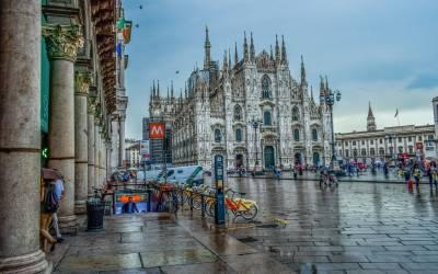 Exploring Vibrant Milan