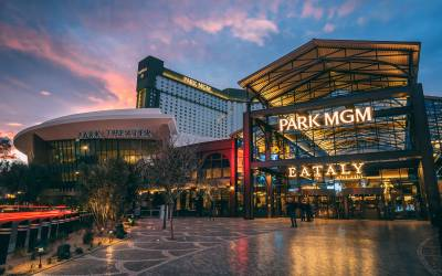 MGM Casino – The Strip's First Smoke-Free Casino Resort